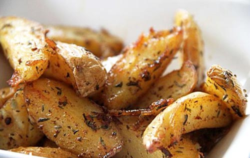 Baked Potato Wedges are always very delicious.